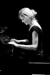 5.6-Annemeike-McLane-at-Brandon-Music-Courtesy-of-Brandon-Music-683x1024